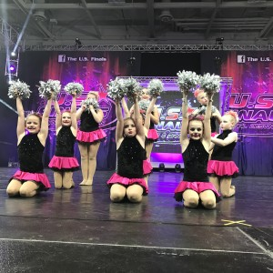 Starlites Mini Pom Team